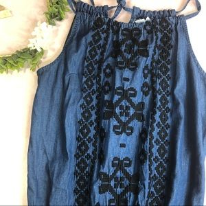 Old Navy chambray embroidered shorts romper -676